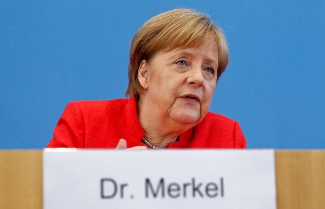 Der Spiegel κατά Μέρκελ: «Μικροπρεπής και δειλή» η άρνηση του Βερολίνου για τα ομόλογα