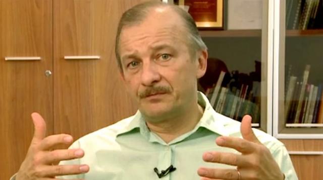 экономист С. Алексашенко