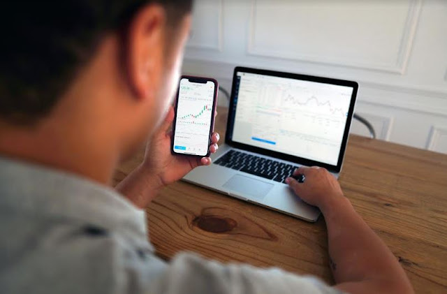 bitcoin options expire investor impact btc price