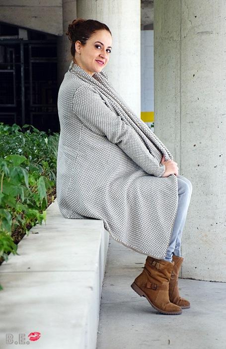 Outfit-cardigan-asimetrico-albaricoque-6