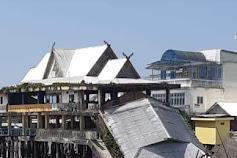 Pelabuhan Penghubung Kelurahan Kuala Enok Ambruk Akibat Tanah Longsor