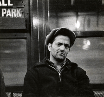 http://joeinct.tumblr.com/post/153973985492/subway-portrait-photo-by-walker-evans-1938-41