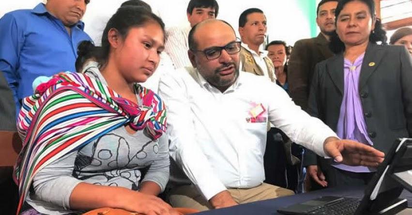 MINEDU dará 6,500 tabletas a estudiantes de colegios públicos de cuatro regiones - www.minedu.gob.pe