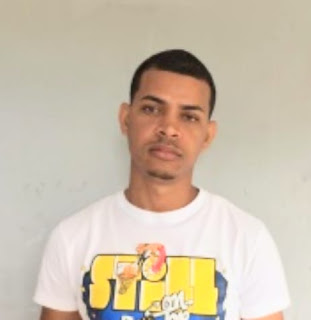 Detienen joven por supuesto robo de más de 500 mil pesos en Barahona