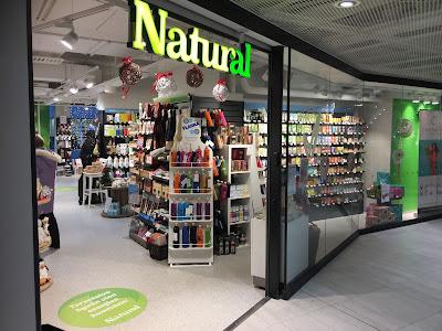 kauppakeskus Valkea, luontaistuotekauppa Natural, Natural, luontaistuotteet, raakasuklaa, tee, hyvinvointi, kauneus, terveys