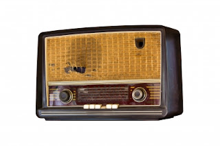 Old Vintage Radio by tungphoto/ Freedigitalphotos.net