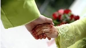 https://www.google.com/url?sa=i&rct=j&q=&esrc=s&source=images&cd=&cad=rja&uact=8&ved=0ahUKEwi0vtrmwdbMAhUlrKYKHUZmCVcQjRwIBw&url=http%3A%2F%2Fwww.tren.co.id%2F9830%2Fmasih-ragu-meneruskan-menikah-inilah-godaan-dikala-menikah.html&psig=AFQjCNEM7NhPXVR_pIh0Y3vsjjK-oEw-Og&ust=1463210426588231