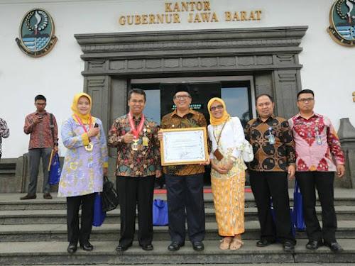 Kota Bandung Raih Penghargaan Sadar Hukum
