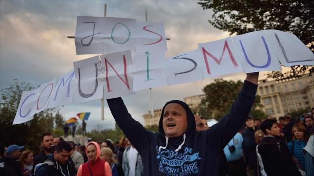Protesta en Rumanía por bloqueo de investigación a exministro