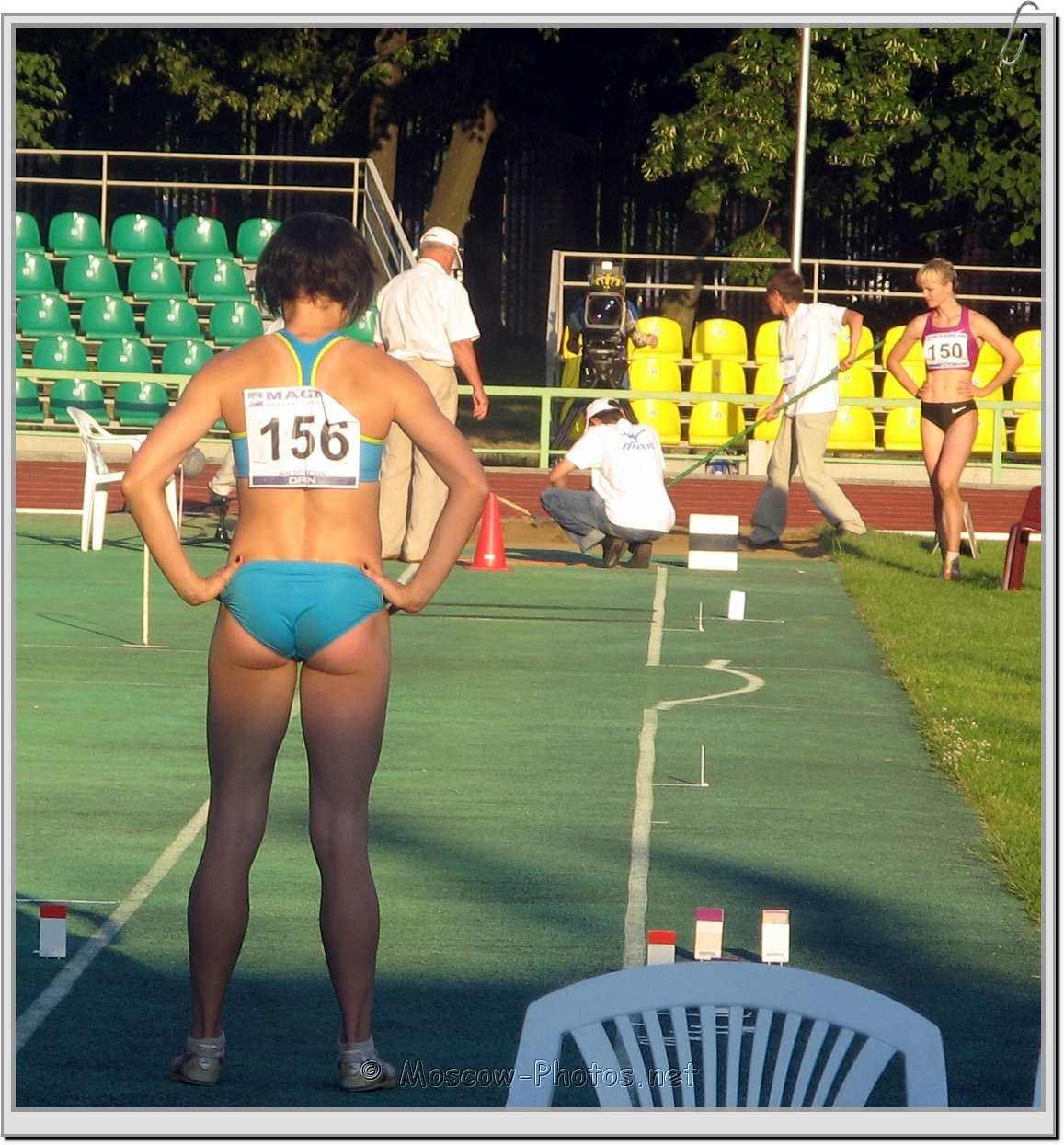 Preparation for long jump at Moscow Athletics Open 2010