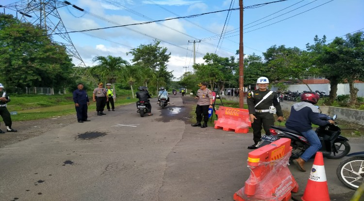 Jajaran Polres Serang Kota Laksanakan Pengamanan Kunjungan Ibu Negara dan Wakil Ibu Negara