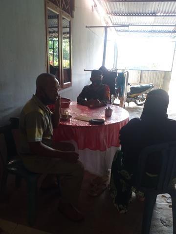 Jalin Silaturahmi Dengan Cara Komsos Dilakukan Personel Jajaran Kodim 0207/Simalungun Sekaligus Himbauan Covid-19