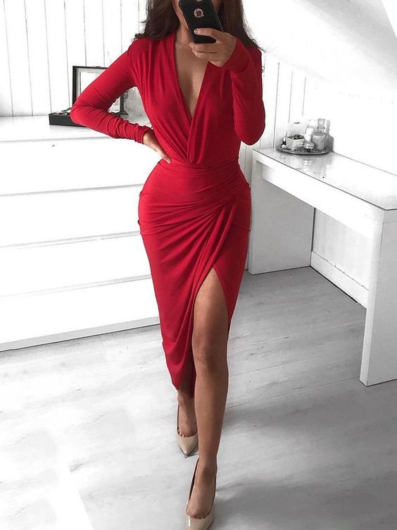 an awesome red dress for romantic party
