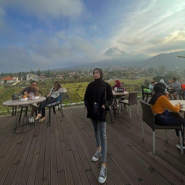 Awang Awang Sky Lounge Kota Batu