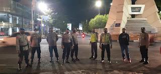 Antisipasi Gangguan Kamtibmas, Personil Polres Pelabuhan Makassar laksanakan Pam Takbiran Idul Adha 1442/2021
