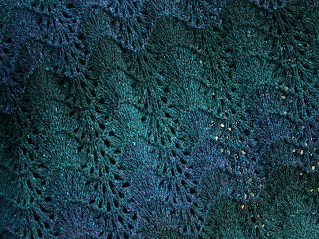 Edinburgh Shawl by Moira Ravenscroft, Wyndlestraw Designs