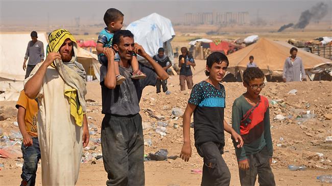 Hundreds of Syrian civilians evade Daesh Takfiri terrorist group conscription in eastern Dayr al-Zawr prov.