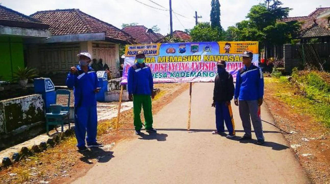 Pemdes Kademangan Tutup Akses Jalan, Setelah Satu Warganya Dinyatakan Positif Covid-19