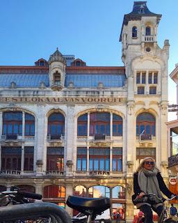Le Chameau Bleu - Blog Voyage Gand Belgique - Gand Tourisme - Vooruit à Gand en Belgique - Escapade Blege