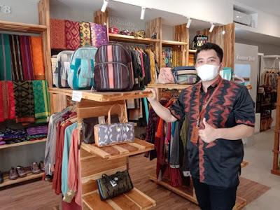 CEO NTB Mall, H. Ricky Hartono Putra
