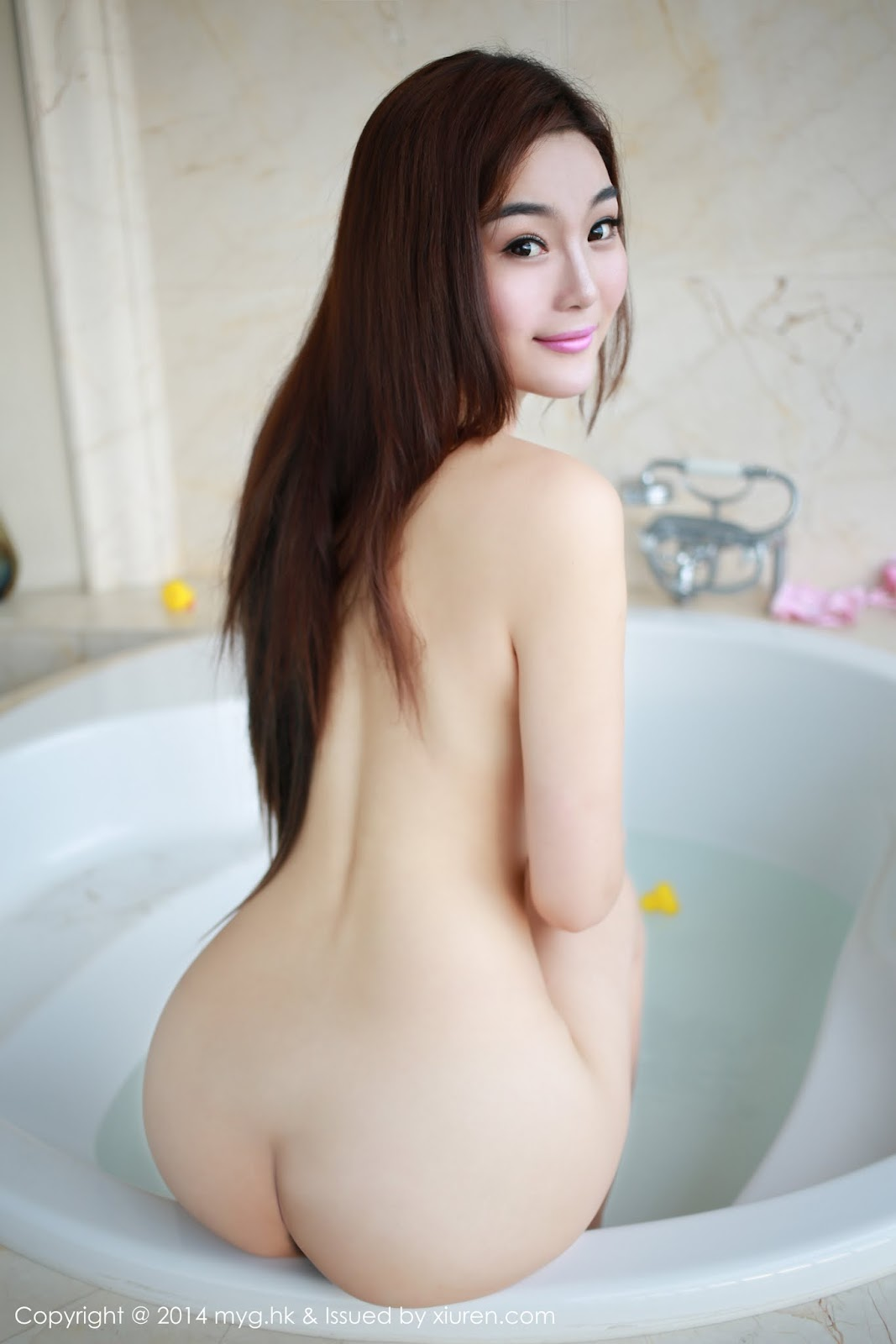 0018 - Beautiful Naked Girl Model MYGIRL VOL.35