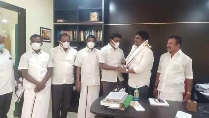 அமமுக நெல்லை மாவட்ட செயலாளர் திமுகவில் இணைந்தார்..... டிடிவி தினகரனின் கட்சி அதிர்ச்சியடைந்தது ...! Ammk Nellai District Secretary joins DMK ..... DTV Dinakaran's party is shocked ...!