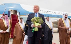 تعرف على أهم الهدايا التي أغدقها الزعماء العرب على الرئيس ترامب وأسرته