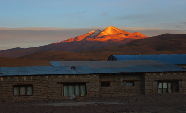 El volcán Uturuncu, desde Quitena Chico