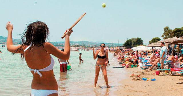 Οι ρακέτες στην παραλία βοηθούν στην καλύτερη λειτουργία του εγκεφάλου