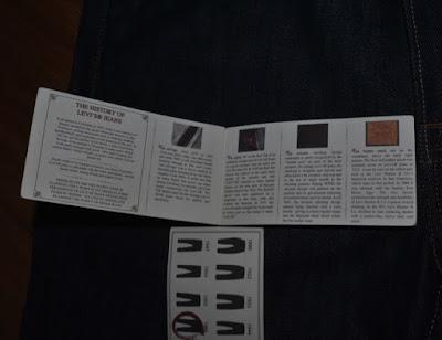 LVC小冊子内側2-3ページ見開き
