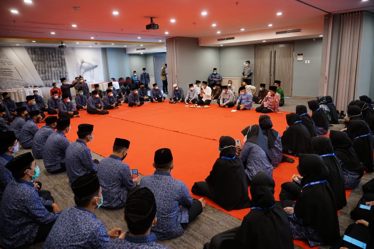 Gubenur Sumut Bersama Walikota Tebing Tinggi Kunjungi dan Memotivasi Kafilah MTQ Nasional Asal Sumut di Padang