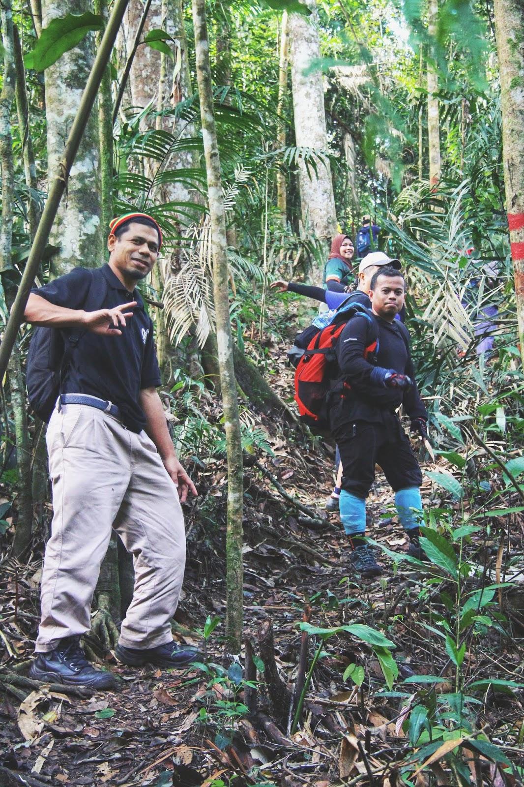Trek Gunung Telapak Buruk 3