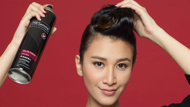 Mau Rambut Lebat, Sehat dan Kuat? TRESemme Hairspray Solusinya!