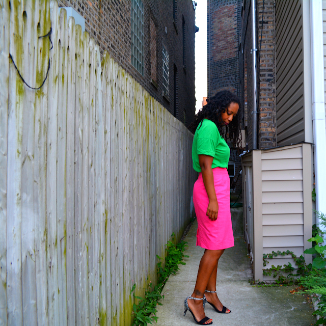thrift fashion green tee and pink pencil skirt