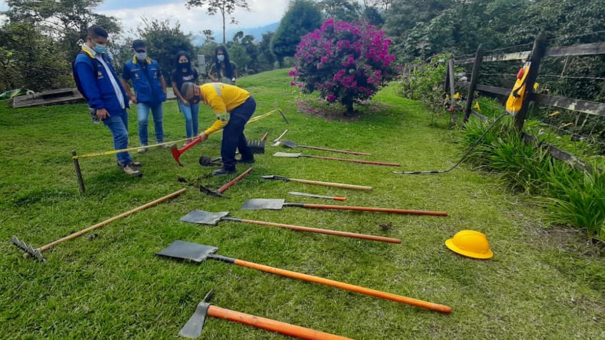 La CARDER capacita sobre manejo de  incendios forestales en zona rural del departamento