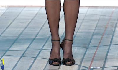 mia ceran piedi scarpe calze velate 13 dicembre