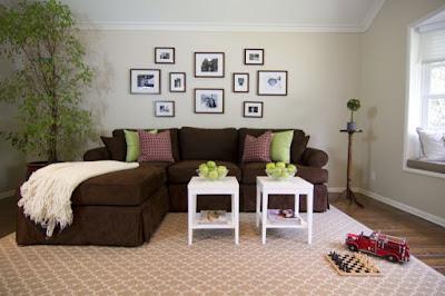 dekorasi sofa warna coklat