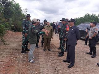Bupati Kobar : TMMD Bentuk Keterpanggilan TNI Percepat Pembangunan Nasional