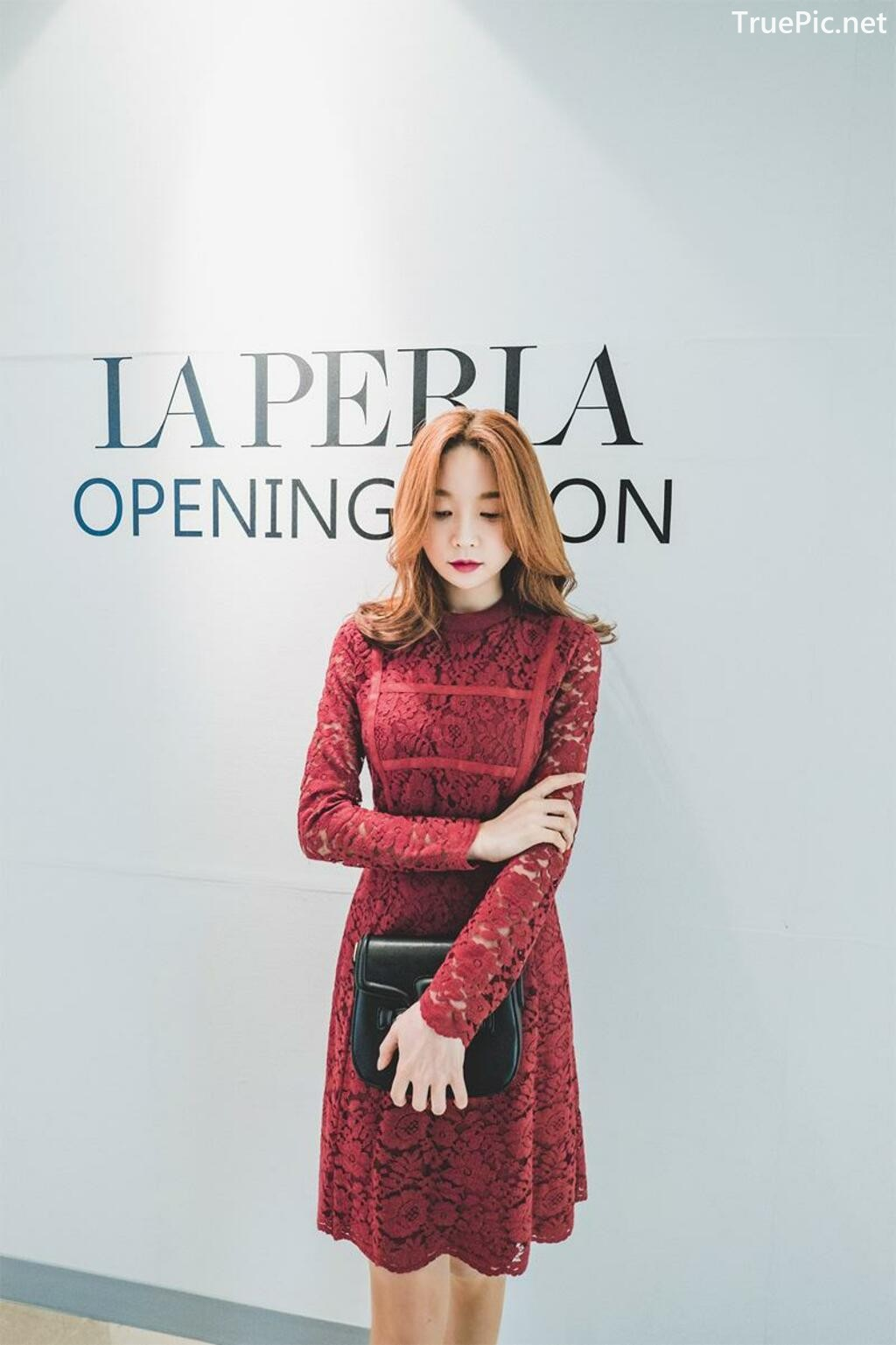 Image-Korean-Fashion-Model-Park-Soo-Yeon-Beautiful-Winter-Dress-Collection-TruePic.net- Picture-5