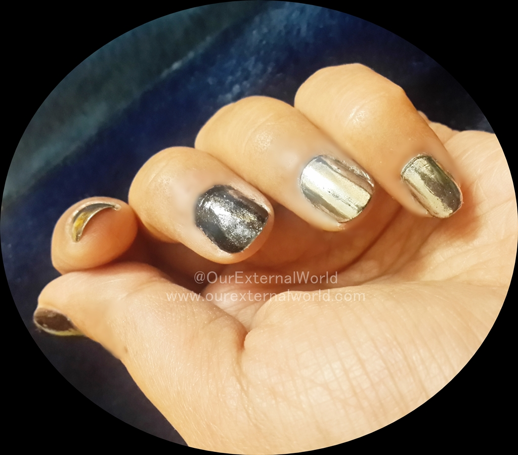 The Chrome Nail Trend - How To Use Chrome Powder Without Gel Polish