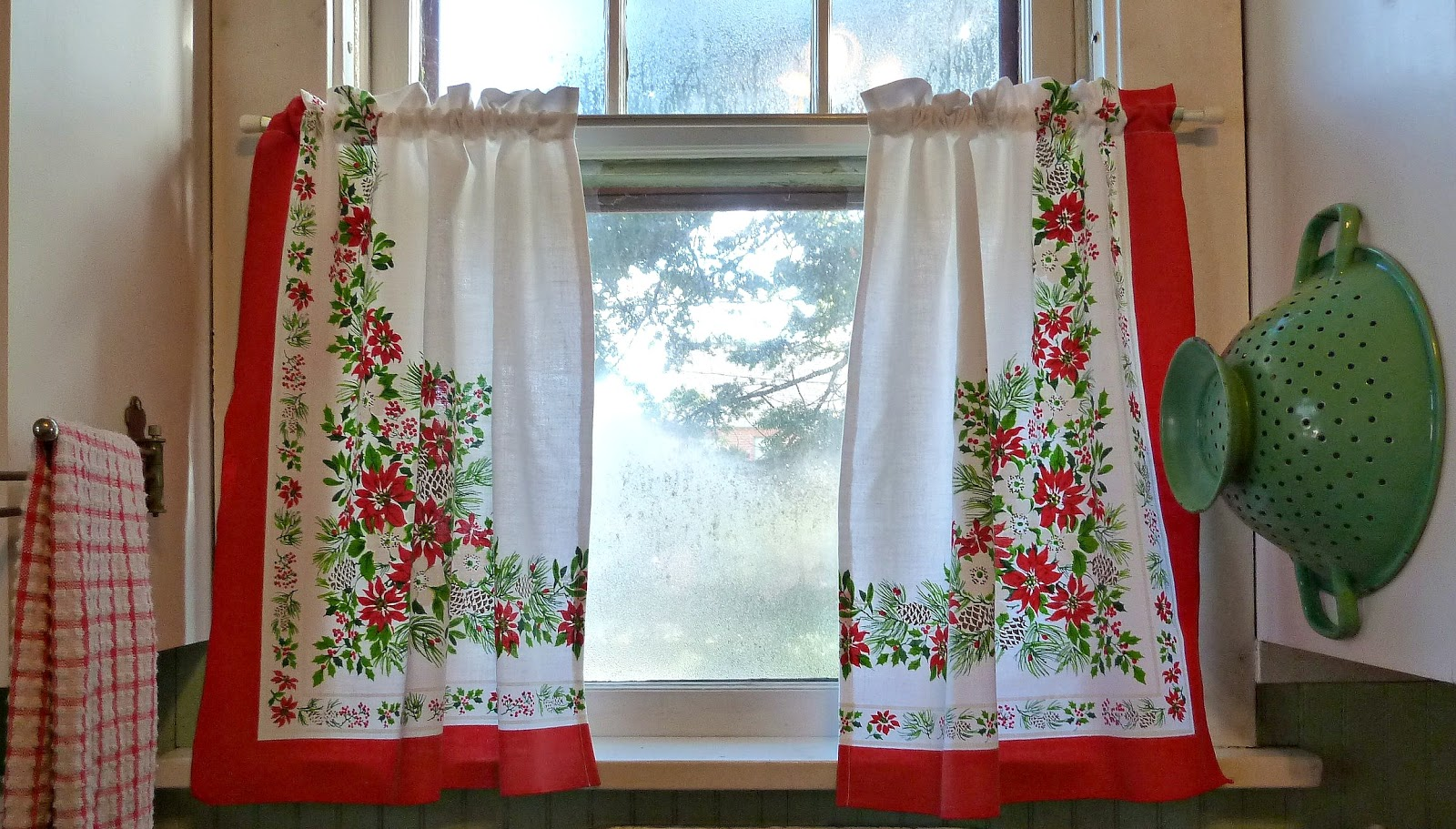 Can Valances Be Used Between Curtain Panels Instead Of Over
