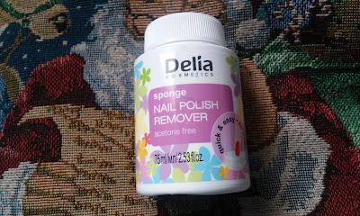 Bezacetonowy zmywacz do paznokci w gąbce Delia cosmetics