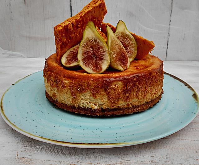 cheesecake de figos com favo de mel