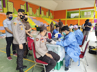 Peringati HBA ke-61 Dan IAD Ke-XXI, Polres Enrekang Ikut Bhakti Sosial Donor Darah