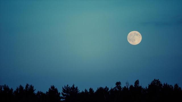 """""""Snowden de la NASA"""" promete revelar 'secreto' sobre la Luna"""