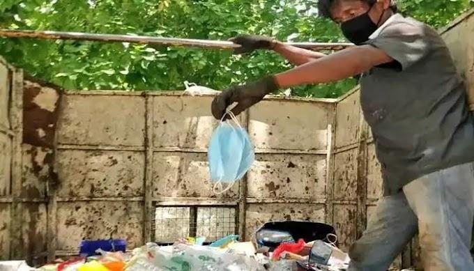 सोसायट्यां मधील  अनेक घरांतून  कचरा दैनंदिन कचऱ्यातच येत असल्याने करोनाचा प्रसार अधिक वेगाने होण्याची भीती