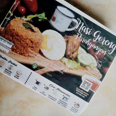 bungkus nasi goreng parahyangan kereta api indonesia