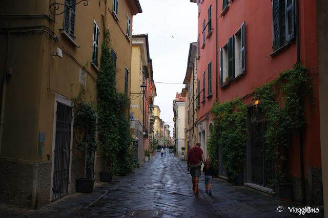 Via Mazzini la principale del centro storico
