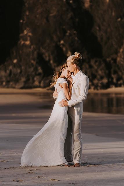 GOLD COAST WEDDINGS FINGAL HEAD BOHEMIAN BEACH WEDDING