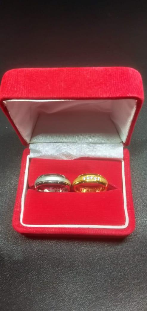 Memilih Cincin Pernikahan